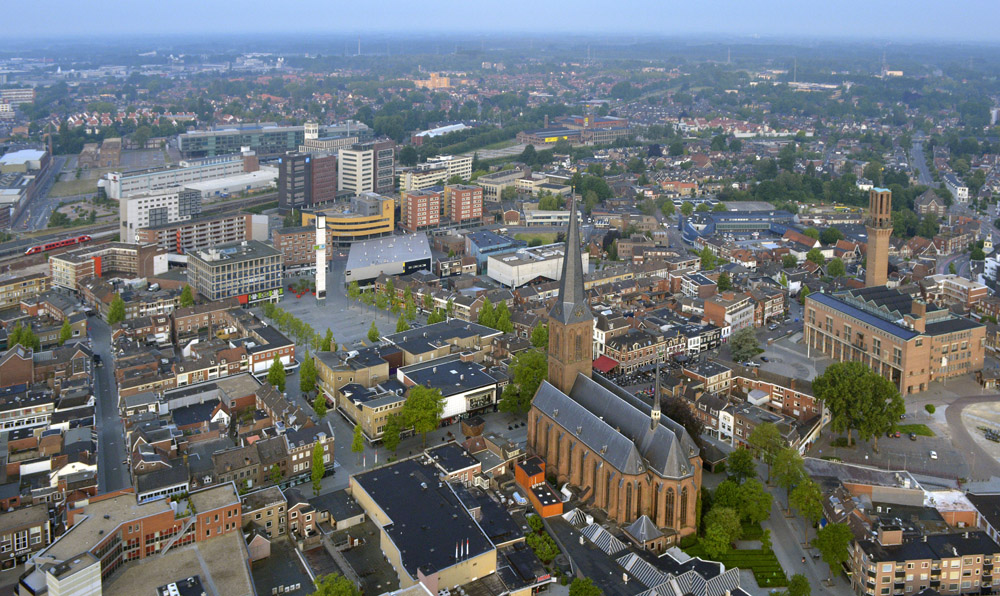 An occasional drone photo of Hengelo, taken very early in the morning. Photo: Brinkhorst